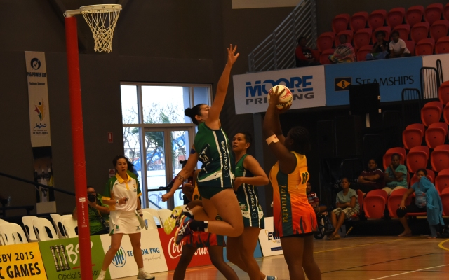 Cook Island beat Vanuatu 71-20 in netball at the BSP Power Dome on Tuesday. Photo by Fiona Munday.