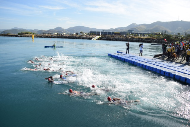 Port Moresby Harbour gave a picturesque backdrop to the triathlon's swim leg. Photo Daniel Potuku.