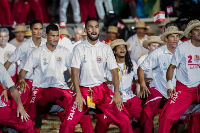 Like many teams, Tahiti performed a traditional dance upon taking centre stage