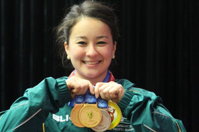 Erika Yamasaki dominated the 53kg women's weightlifting
